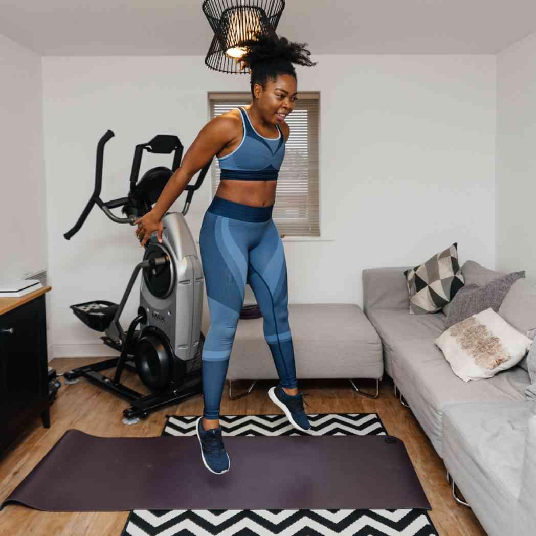squat jump in air
