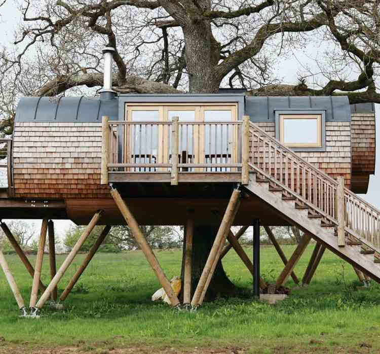 Cheriton Treehouse from outside