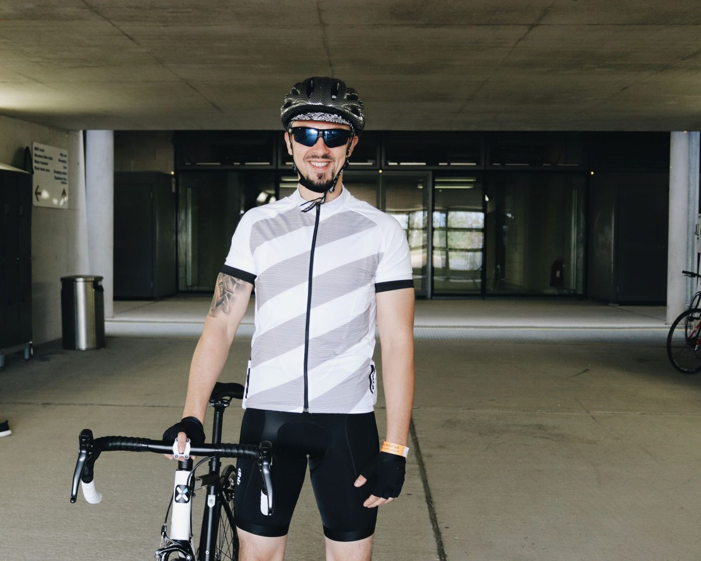 road cycling essentials - cycling jersey from decathlon