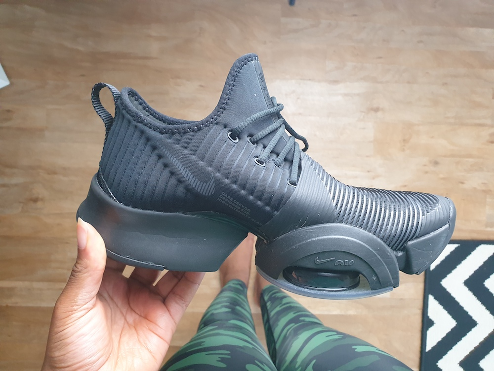 Lateral view of nike SuperRep in all black